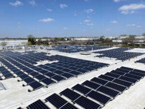Large Scale Solar Roof, SolarEdge, Carol Stream, IL, USA